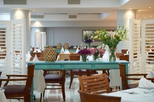Louis Ledra Beach - Akamantis Main Restaurant