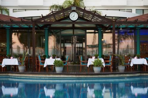 Louis Ledra Beach - Sundower Pool Restaurant